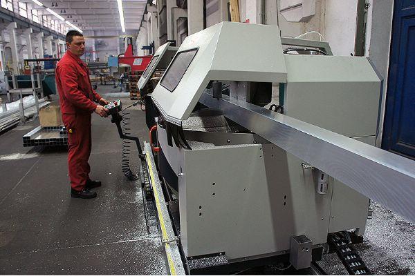 FBS - Neue CNC-Doppelgehrungssäge